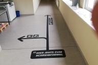 Fußbodenbeklebung für die Union Sozialer Einrichtungen